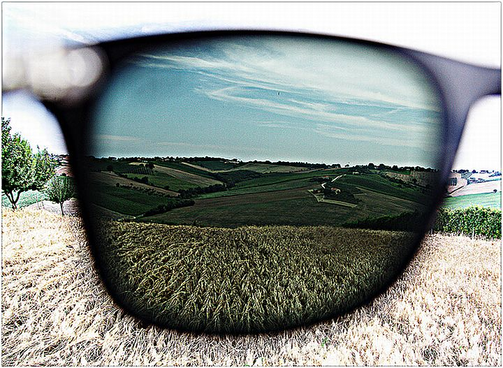 Слънчеви очила по поръчка