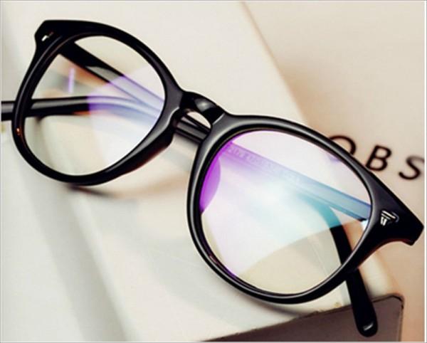 Очила за компютър и ежедневие