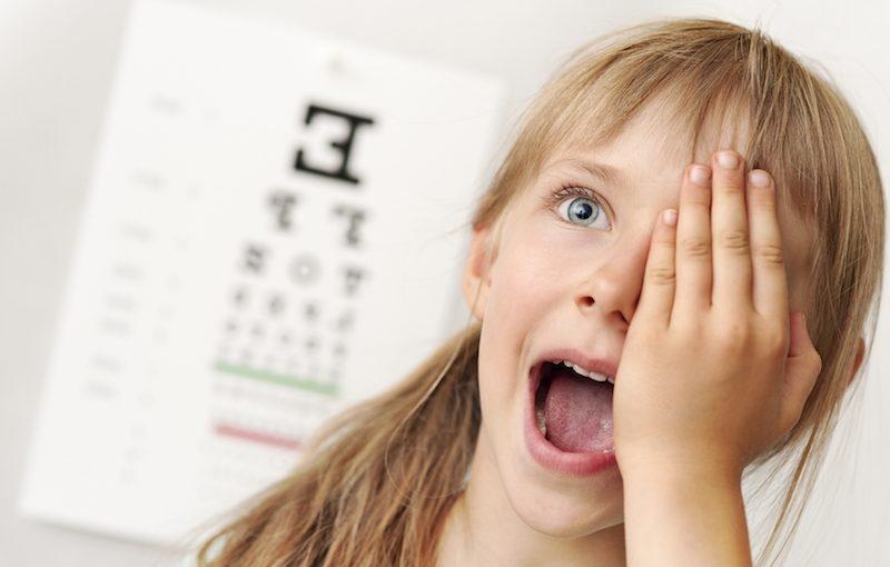 Как да установим проблем със зрението при малките деца